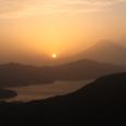 夕照の富士と芦ノ湖