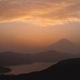 夕照の富士と芦ノ湖3