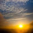 朝陽と秋雲